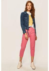 Różowe jeansy ANSWEAR z podwyższonym stanem