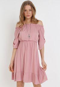 Born2be - Różowa Sukienka Zaehorin. Typ kołnierza: dekolt hiszpanka. Kolor: różowy. Długość: mini