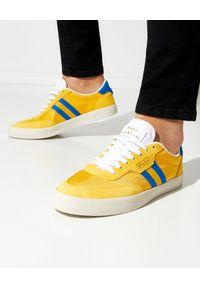 Ralph Lauren - RALPH LAUREN - Żółte sneakersy Court Low-Top. Nosek buta: okrągły. Zapięcie: pasek. Kolor: żółty. Materiał: tkanina, zamsz. Wzór: paski. Obcas: na płaskiej podeszwie. Sport: tenis