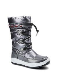 Śniegowce TOMMY HILFIGER T3A6-32035-1240918 Dark Silver 918. Zapięcie: zamek. Materiał: skóra ekologiczna, futro, syntetyk. Szerokość cholewki: normalna