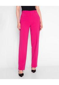 MARLU - Różowe spodnie Panama. Stan: podwyższony. Kolor: różowy, fioletowy, wielokolorowy. Materiał: wełna, tkanina. Długość: długie. Wzór: gładki