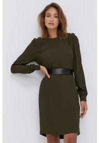 Liu Jo - Sukienka. Okazja: na co dzień. Kolor: zielony. Materiał: tkanina. Długość rękawa: długi rękaw. Wzór: gładki. Typ sukienki: proste. Styl: casual