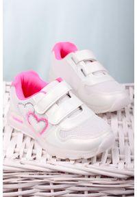 Casu - białe buty sportowe na rzepy casu x506b. Zapięcie: rzepy. Kolor: biały