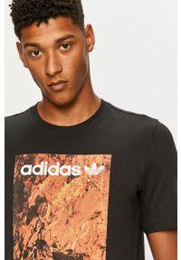 Czarny t-shirt adidas Originals casualowy, z okrągłym kołnierzem, z nadrukiem