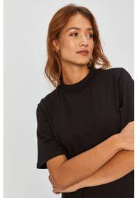 Czarna sukienka Answear Lab wakacyjna, na co dzień, midi