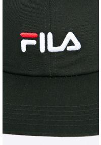 Czarna czapka z daszkiem Fila