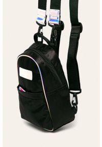 Czarny plecak Puma z aplikacjami