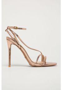Złote sandały Marciano Guess na obcasie, gładkie, z okrągłym noskiem