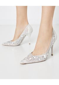 RENE CAOVILLA - Szpilki z kryształami Swarovskiego Crystal. Okazja: na wesele, na ślub cywilny, na imprezę. Kolor: biały. Materiał: koronka. Wzór: koronka. Obcas: na szpilce. Styl: klasyczny