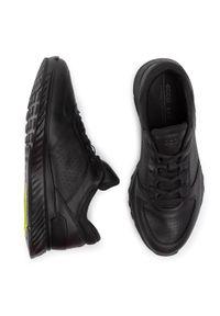 Czarne sneakersy ecco