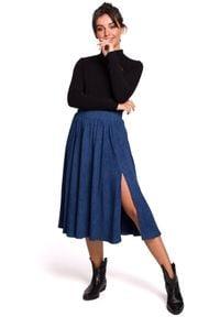 BE - Rozkloszowana spódnica midi z rozcięciem z boku. Materiał: elastan, dzianina, bawełna, materiał. Styl: sportowy