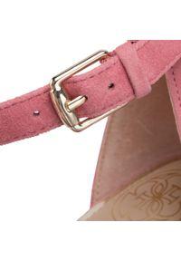 Różowe sandały Guess wizytowe