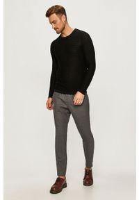 Czarny sweter PRODUKT by Jack & Jones z okrągłym kołnierzem, na co dzień, casualowy