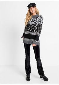 Czarny sweter bonprix z nadrukiem