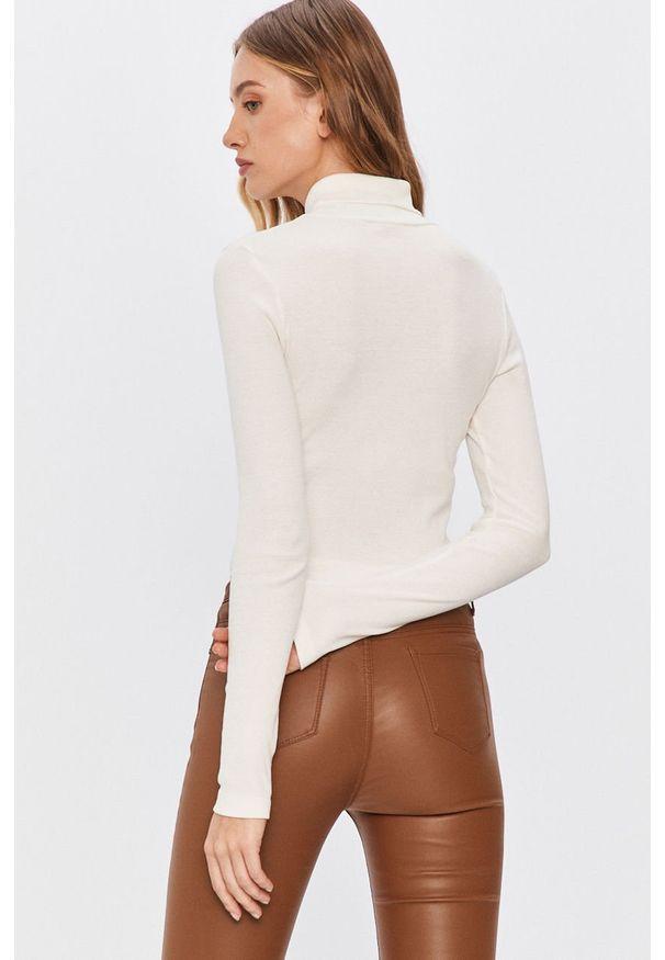 Biała bluzka Answear Lab z golfem, na co dzień, wakacyjna