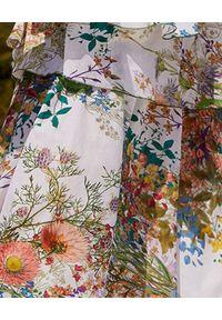 CHARO RUIZ IBIZA - Sukienka z falbanami Joyce. Kolor: biały. Materiał: bawełna. Długość rękawa: na ramiączkach. Wzór: kwiaty, geometria, nadruk, aplikacja. Typ sukienki: asymetryczne. Długość: midi