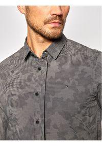 Calvin Klein Koszula Geo Camo Print K10K106180 Szary Slim Fit. Kolor: szary. Wzór: nadruk