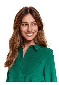 TOP SECRET - Gładka koszulowa sukienka. Okazja: na co dzień. Kolor: zielony. Długość rękawa: długi rękaw. Wzór: gładki. Sezon: wiosna. Typ sukienki: koszulowe. Styl: elegancki, casual