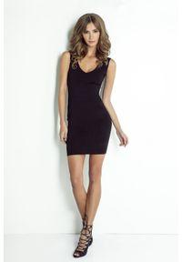 e-margeritka - Sukienka wieczorowa dopasowana czarna - 42. Typ kołnierza: kokarda. Kolor: czarny. Materiał: materiał, poliester. Wzór: aplikacja. Typ sukienki: ołówkowe. Styl: wizytowy. Długość: mini
