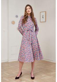 Marie Zélie - Sukienka Colette Caperata. Materiał: bawełna, skóra, materiał. Długość rękawa: długi rękaw. Typ sukienki: szmizjerki. Styl: elegancki. Długość: midi