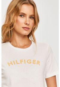 Biała bluzka TOMMY HILFIGER z nadrukiem, casualowa, na co dzień