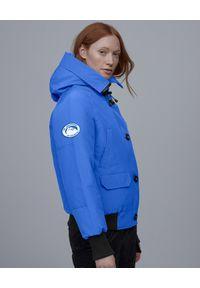 CANADA GOOSE - Niebieska kurtka Chilliwack. Kolor: niebieski. Materiał: materiał, futro. Wzór: aplikacja #6