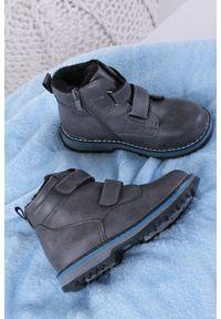 Szare buty zimowe Casu na rzepy
