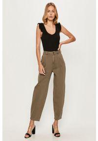 Zielony jeansy loose fit Vero Moda