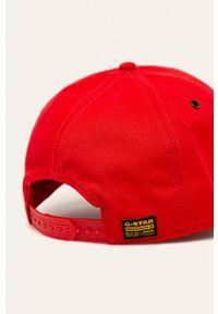 Czerwona czapka z daszkiem G-Star RAW z nadrukiem