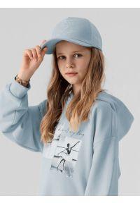 4f - Czapka z daszkiem strapback dziewczęca. Kolor: niebieski