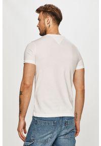 Biały t-shirt Tommy Jeans casualowy, gładki, na co dzień