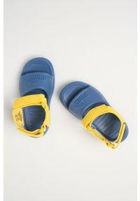 Niebieskie sandały Puma na rzepy, gładkie