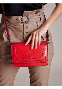 Czerwona torebka FEMESTAGE Eva Minge z aplikacjami, zdobiona