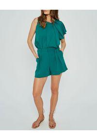 MARLU - Zielone szorty garniturowe Luis. Stan: podwyższony. Kolor: zielony. Materiał: elastan, wiskoza. Wzór: gładki. Sezon: lato, wiosna