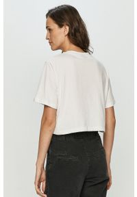 Ellesse - T-shirt. Kolor: biały. Wzór: aplikacja