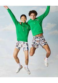 Lacoste - LACOSTE - Zielona bluza z kapturem Unisex Fit. Okazja: na spacer. Typ kołnierza: kaptur. Kolor: zielony. Materiał: bawełna, jeans, prążkowany. Sezon: wiosna