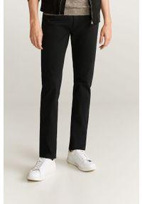 Czarne jeansy Mango Man