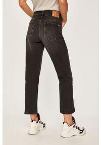Czarne jeansy Pepe Jeans w kolorowe wzory