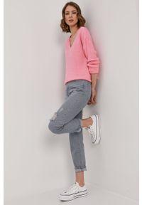 Różowy sweter Vero Moda długi, na co dzień