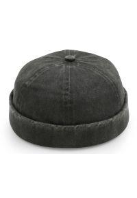 Czarna czapka Pako Jeans na wiosnę, klasyczna
