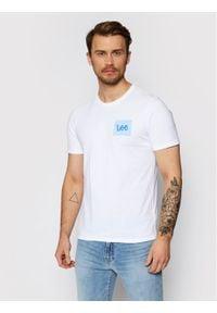 Lee T-Shirt Ss Summer Logo L63LFELJ Biały Regular Fit. Kolor: biały