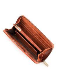 Wittchen - Damski portfel skórzany lakierowany na zamek. Kolor: pomarańczowy. Materiał: lakier, skóra