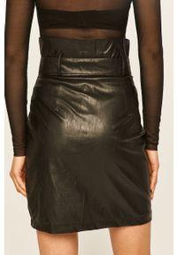 Czarna spódnica ANSWEAR z podwyższonym stanem, casualowa, na co dzień