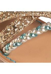 Złote sandały Gioseppo na lato, z aplikacjami