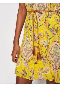 Desigual Sukienka letnia Adriana 21SWVWAX Żółty Regular Fit. Kolor: żółty. Sezon: lato