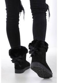 Czarne śniegowce Casu