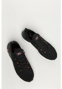 Under Armour - Buty UA Hovr Phantom 2. Nosek buta: okrągły. Zapięcie: sznurówki. Kolor: czarny. Materiał: guma. Sport: bieganie