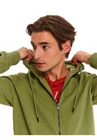 Brązowa bluza TOP SECRET w kolorowe wzory, na lato, z kapturem