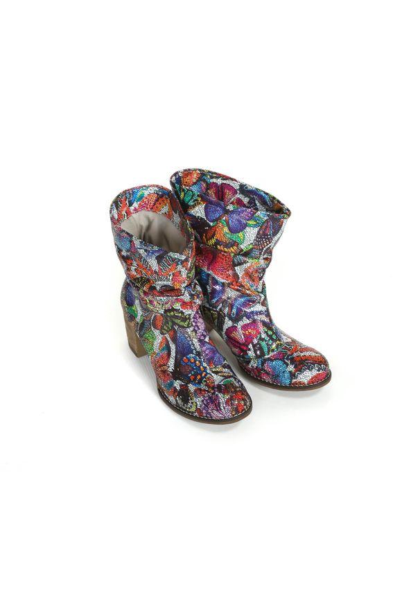 Botki Zapato biznesowe, z cholewką za kolano, w kolorowe wzory, z cholewką