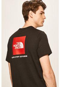 Czarny t-shirt The North Face na co dzień, z nadrukiem, casualowy